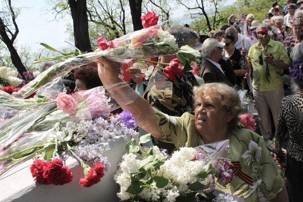 В Городском саду поздравили ветеранов Великой Отечественной войны, фото-6