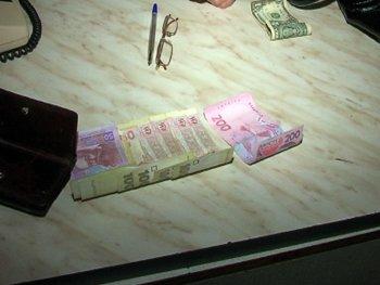 В Мариуполе задержали сводницу, поставлявшую проституток в местную сауну (ФОТО), фото-3
