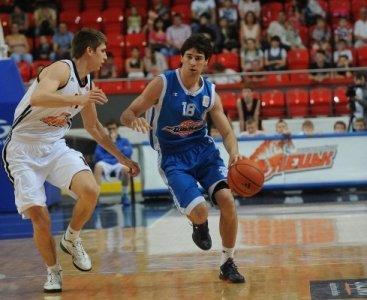 Мариупольский  «Азовмаш» уступил в первой игре в Суперфинале, фото-1