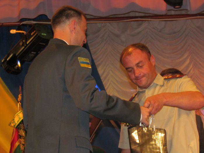 В Мариуполе стражи кордона получили в подарок «море», машины, снегоходы и  квадроциклы (ФОТО), фото-1