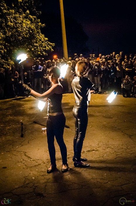 Фотоотчет с массового запуска небесных фонариков в Мариуполе (Фото), фото-14