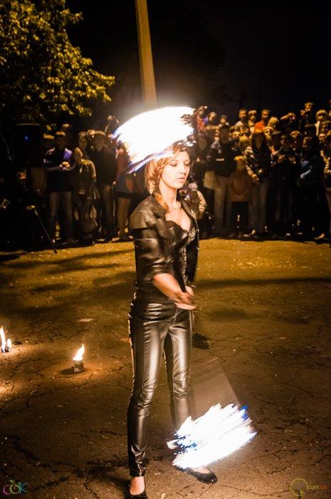 Фотоотчет с массового запуска небесных фонариков в Мариуполе (Фото), фото-16