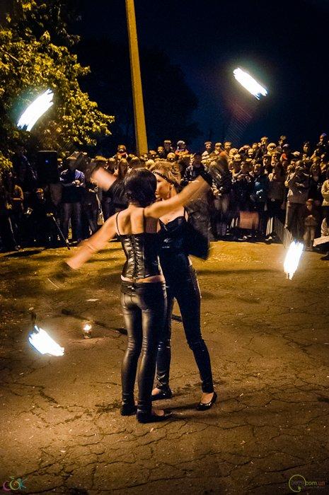 Фотоотчет с массового запуска небесных фонариков в Мариуполе (Фото), фото-15