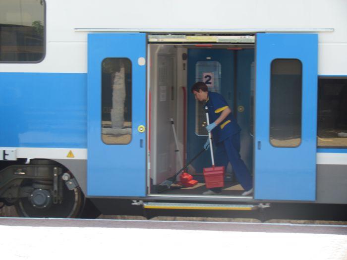 Харьковская «Шкода» прибыла в Мариуполь практически пустой (ФОТО), фото-6