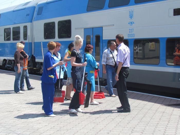 Харьковская «Шкода» прибыла в Мариуполь практически пустой (ФОТО), фото-5