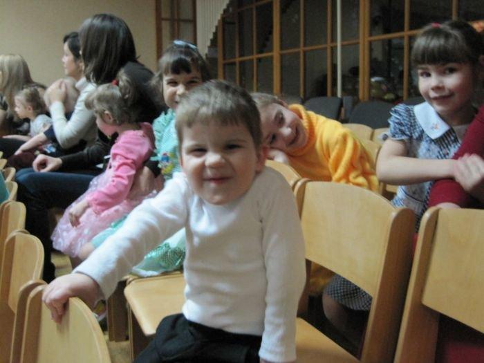 Небесные фонарики, запущенные мариупольцами, исполнят желание детей-сирот (ФОТО) , фото-5
