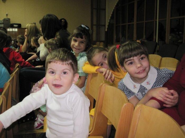 Небесные фонарики, запущенные мариупольцами, исполнят желание детей-сирот (ФОТО) , фото-3