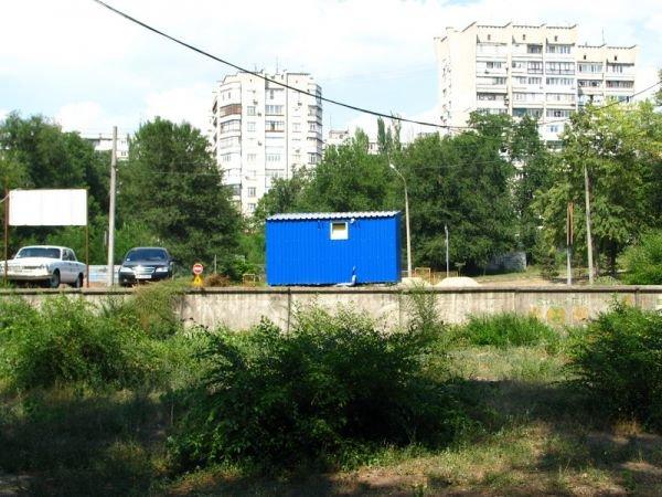 Запорожский мэр недоволен мобильным туалетом на Набережной (ФОТО), фото-1