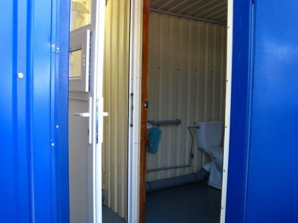 Запорожский мэр недоволен мобильным туалетом на Набережной (ФОТО), фото-3