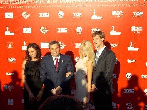 Красная дорожка одесского кинофестиваля: Матвийчук с семьей; cерьезные Пундик с Жванецким (ФОТО), фото-17