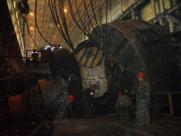 На одном из комбинатов Кривого Рога обрушилась мельница весом 320 тонн (ФОТО), фото-2