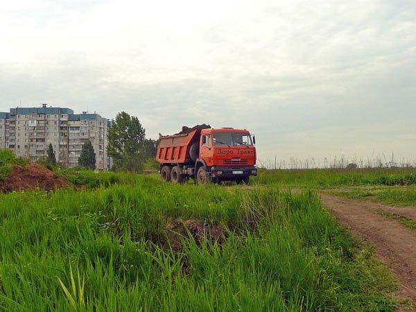 Церковь Московского Патриархата устроила свалку отходов в Донецке (ФОТО), фото-2