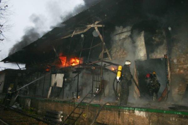 Вчера горел «Запоріжсельбудкомплект» (ФОТО), фото-1