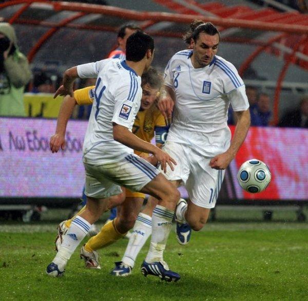 Украина – Греция – 0:1.  Сиртаки под дождем (ФОТО), фото-2