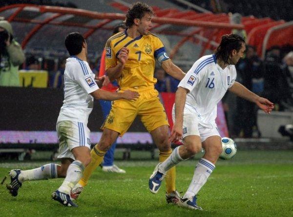Украина – Греция – 0:1.  Сиртаки под дождем (ФОТО), фото-3