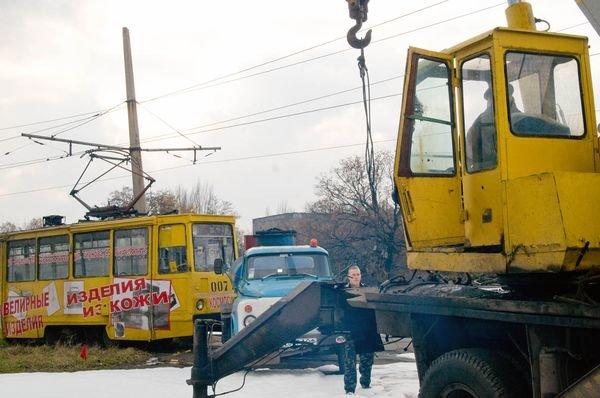 В Енакиево столкнулся бензовоз с трамваем. 5 человек погибли, 44 - травмированы (ФОТО), фото-4