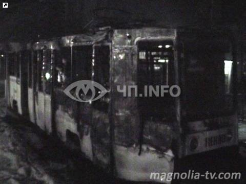 В Николаеве дотла сгорел трамвай (ФОТО), фото-1