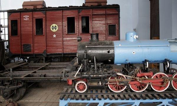 ДЖД начала реставрацию вагона Троцкого и Ворошилова (ФОТО), фото-3