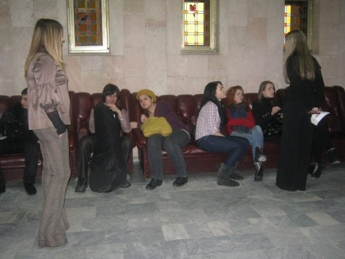 Кастинг талантов в Луганске: участники пели авторские песни и садились на шпагат (фото), фото-2