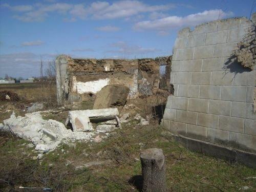 На двух малышей рухнула стена (ФОТО), фото-2