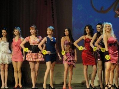 «Мисс-Луганщина-2010» стала студентка ЛГИКИ (фото), фото-2