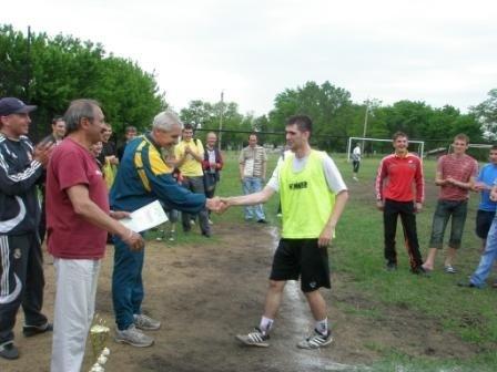 Весенним чемпионом Горловки по футболу стал «Темп» (ФОТО), фото-3