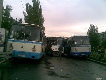 В Горловке столкнулось три автобуса (ФОТО), фото-1