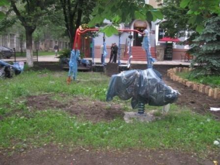 На пл. Победы появилась детская площадка, фото-2