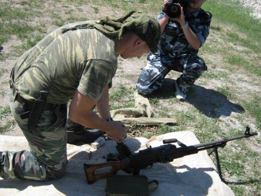 Пограничники Луганщины разрешили журналистам пострелять (фото), фото-3