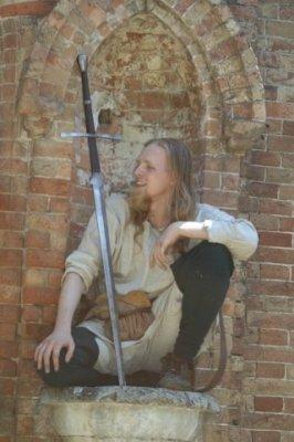 Сегодня в замке Попова на три дня поселятся рыцари, эльфы, ведьмы и прочие занятные личности (ФОТО), фото-3