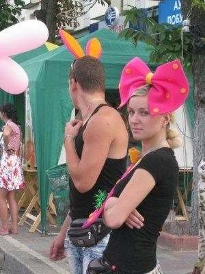 День молодежи по-лугански: скромный салют и максимум милиции (фото), фото-3