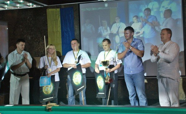 В Ялте прошел турнир по бильярду на кубок «Молодых регионов» с участием Януковича-младшего (ФОТО), фото-3