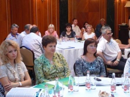«Денежные мешки» Горловки обсудили проект налогового кодекса в гостинице Ахметова, фото-3