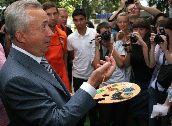 Луческу вместе с футболистами «Шахтера» нарисовал картину (фото), фото-4