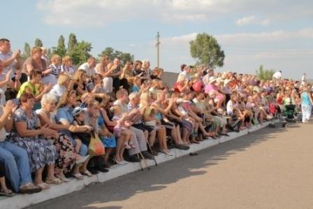 «Комсомолец» отметил День шахтера конкурсами и праздничной дискотекой (ВИДЕО), фото-1