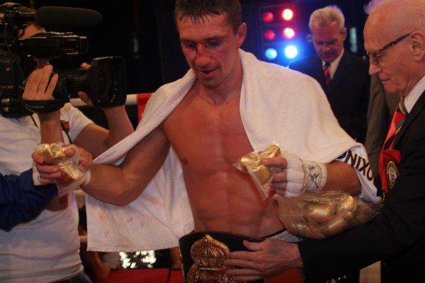 Вячеслав Сенченко доказал в Донецке, что он лучший боксер мира (фото), фото-4