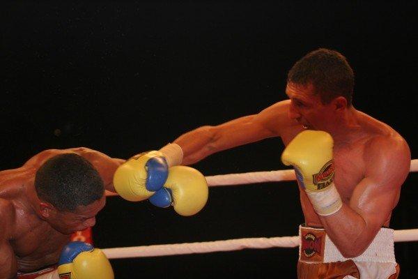 Вячеслав Сенченко доказал в Донецке, что он лучший боксер мира (фото), фото-1