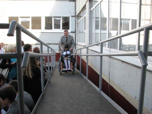 Дети-колясочники впервые в Харькове пошли в обычные школы (ФОТО), фото-3