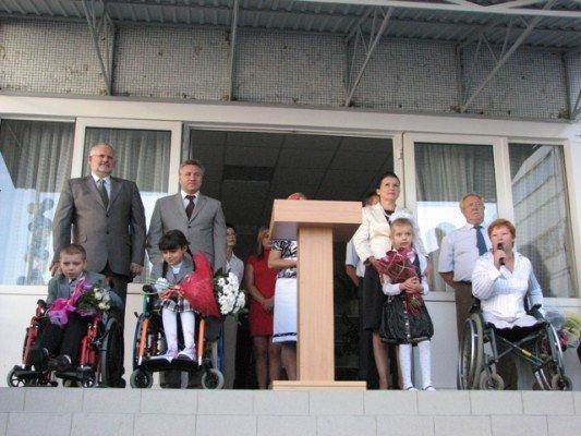 Дети-колясочники впервые в Харькове пошли в обычные школы (ФОТО), фото-2