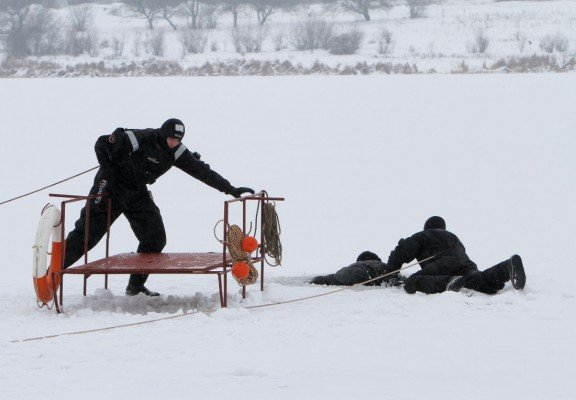 На «Донецком море» спасали утопающих (фото), фото-1