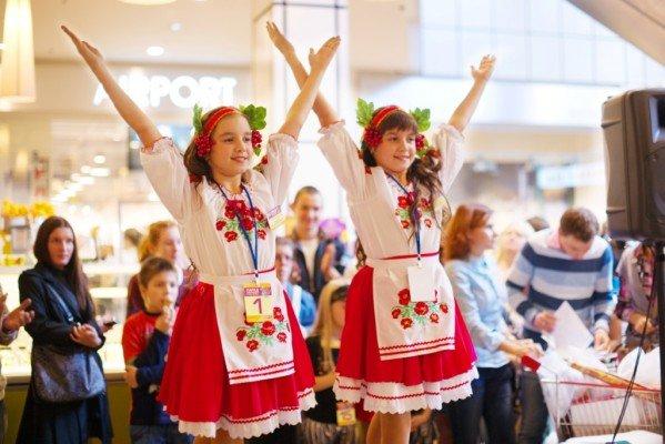 В Харькове прошел парад близнецов (ФОТО), фото-3