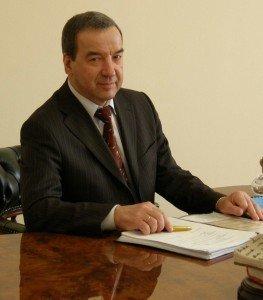 На повышение: «угольный генерал» и президент ЧНПФ «Центр» намерены стать депутатами областого совета от Горловки, фото-1