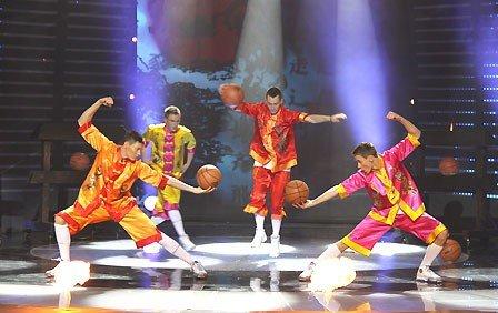 Самые талантливые певец, жонглер и пантомим выступят завтра перед горловчанами, фото-4
