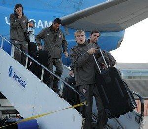 Злой Луческу сразу после четырехчасового перелета отправил «Шахтер» на вечернюю тренировку, фото-1