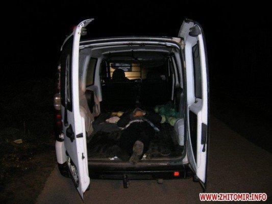 В селе Ушомир Житомирской области житель Коростеня сбил насмерть пешехода (ФОТО), фото-1