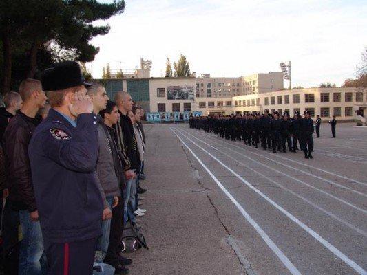На службу во внутренние войска Крыма прибыли первые 35 новобранцев, фото-1