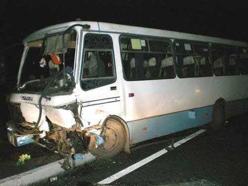 В результате столкновения ВАЗа и автобуса один человек погиб, девять пострадало (ФОТО), фото-2