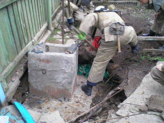 В Бердянске 85-летний мужчина провалился в колодец (ФОТО), фото-2