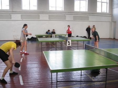 55 теннисистов приехали в Горловку за квалификацией, фото-1