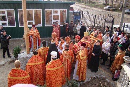 Епископ Иосиф освятил поклонный крест в Мелитополе (ФОТО), фото-1